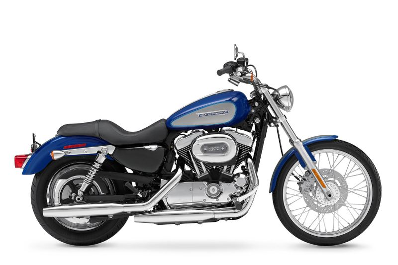 2010-Harley-Davidson-Sportster1200Custom-XL1200Ca